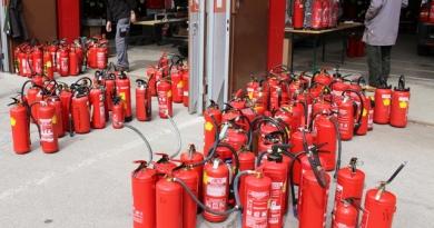Feuerlöscherüberprüfung am 14. April 2018