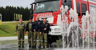 Fahrsicherheitstraining für Einsatzfahrer absolviert