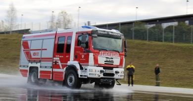 Fahrsicherheitstraining für Einsatzfahrer Teil 2